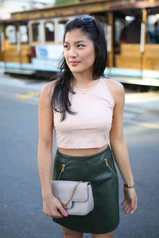 Zara_Leather-Skirt_Crop_Forever_Marc-Jacobs_4