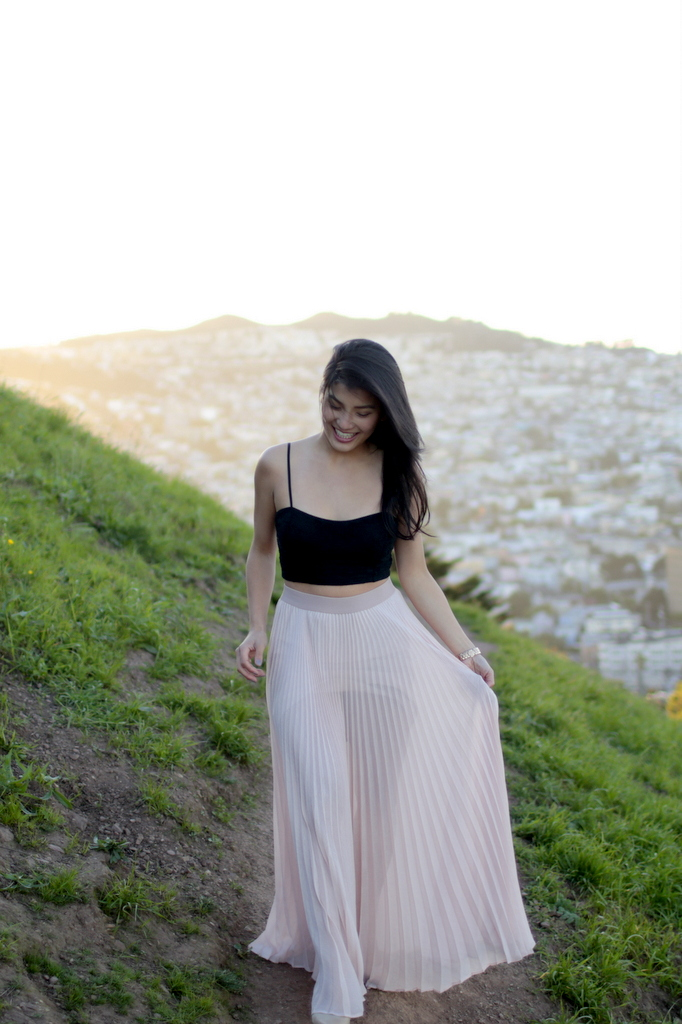 Nordstroms_Crop_Guess-Marciano_Skirt_2#